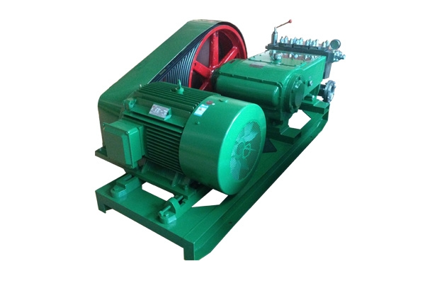 3DP120型高压泵